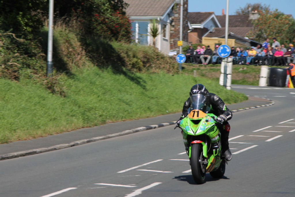 classic - [Road racing] CLASSIC TT et MANX GP 2018 . - Page 12 Img_8028