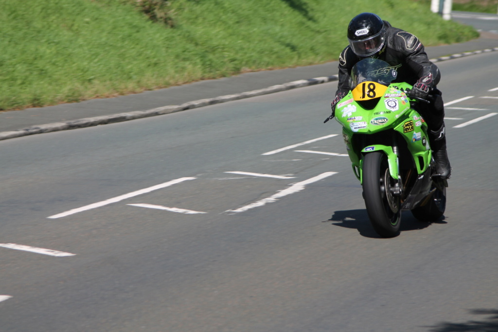 classic - [Road racing] CLASSIC TT et MANX GP 2018 . - Page 12 Img_8030