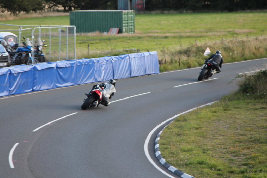 [Road racing] Classic TT/ Manx GP 2019  - Page 6 Img_8122