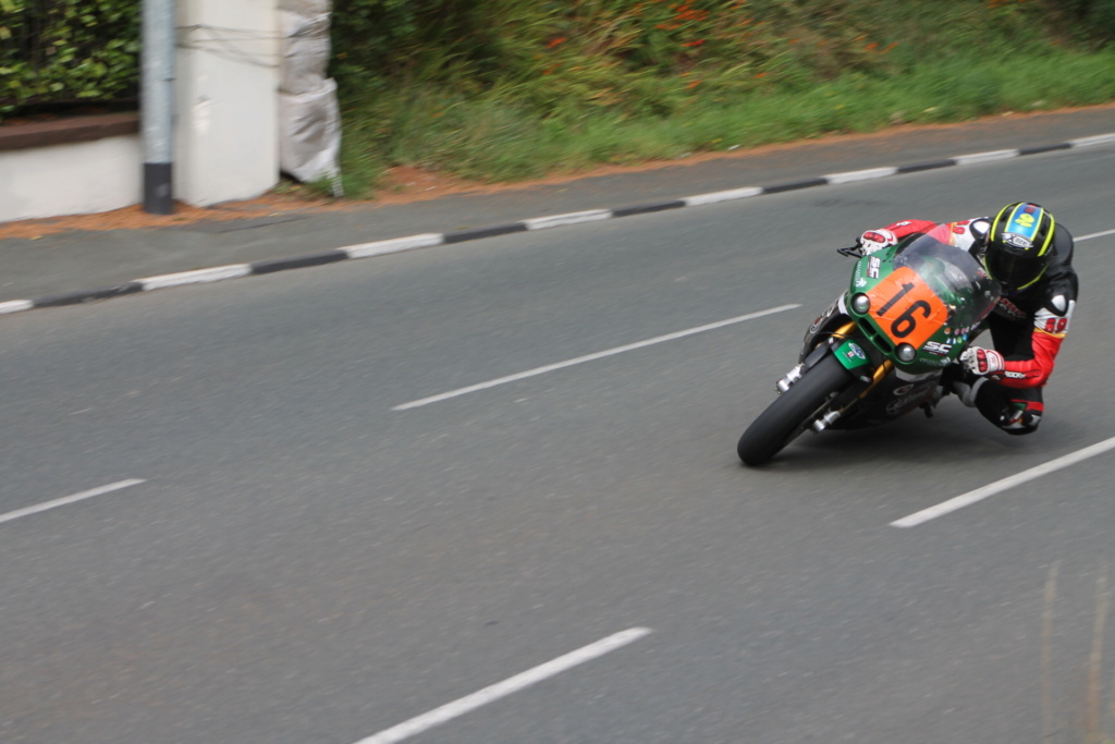 [Road racing] Classic TT/ Manx GP 2019  - Page 23 Majola10