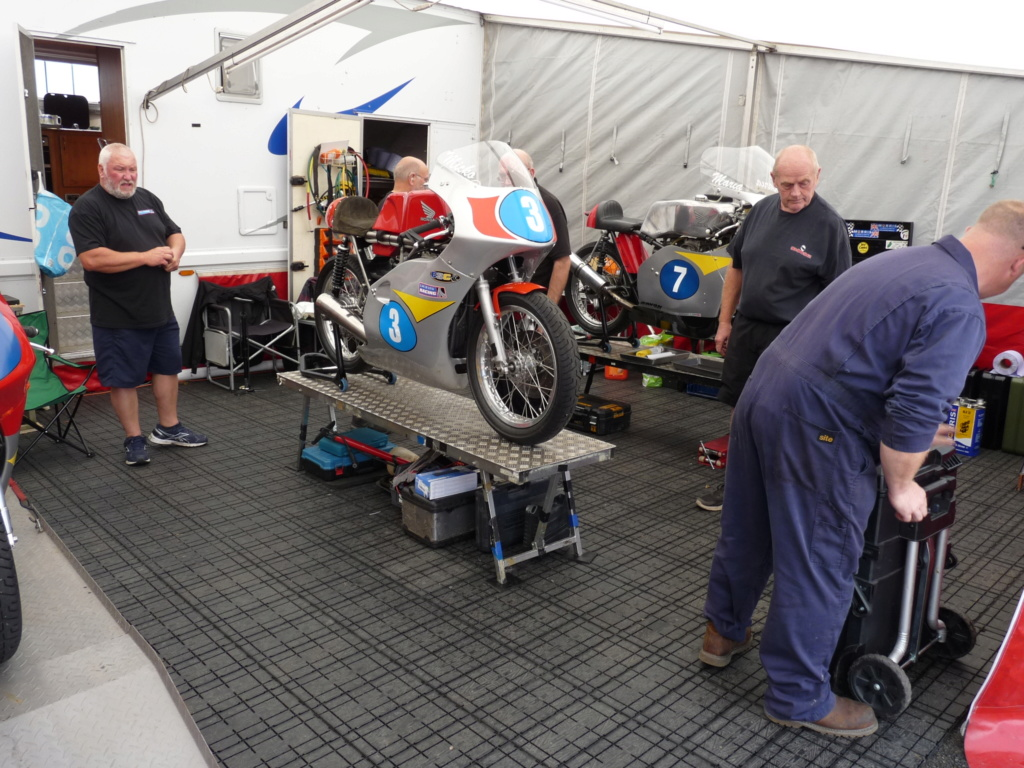 [Road racing] Classic TT/ Manx GP 2019  - Page 5 P1190036