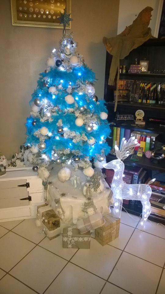 C'est bientôt Noël: montre moi ton sapin  !!  - Page 5 10848010