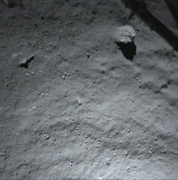 Rosetta : atterrissage et mission de Philae (Sujet N°1) - Page 38 Esa810