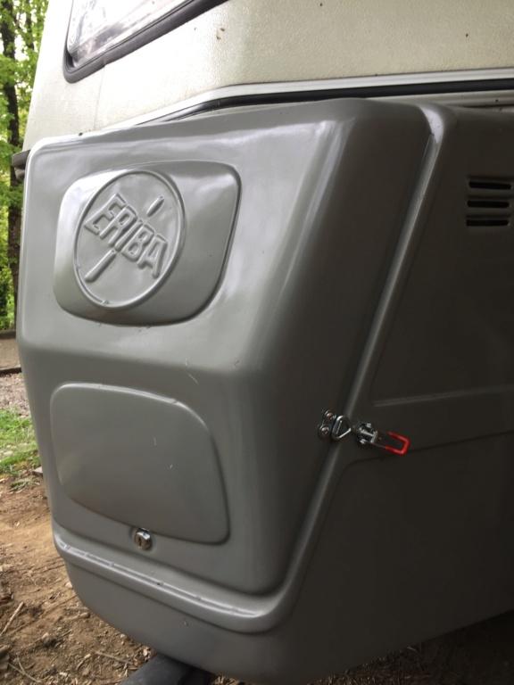 Coffre de gaz AV Img_1711