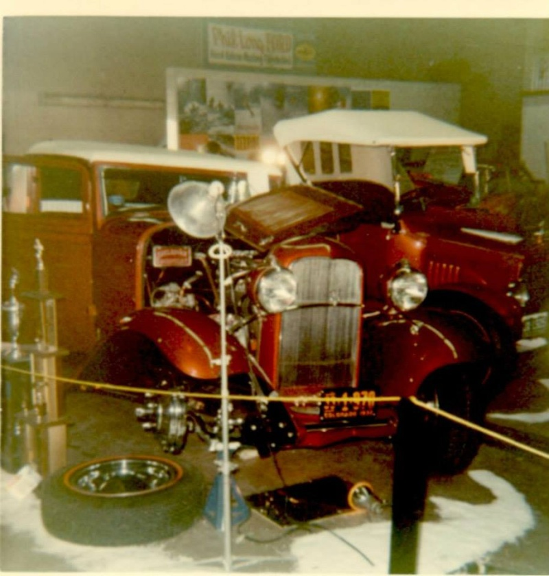 Vintage Car Show pics (50s, 60s and 70s) - Page 2 10301510