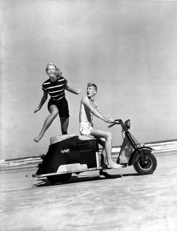 Scooter des 1950's & 1960's - Page 2 10359510
