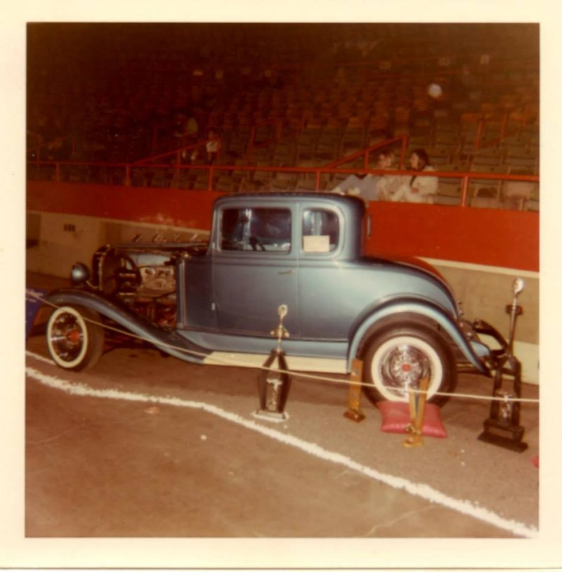 Vintage Car Show pics (50s, 60s and 70s) - Page 2 10365811