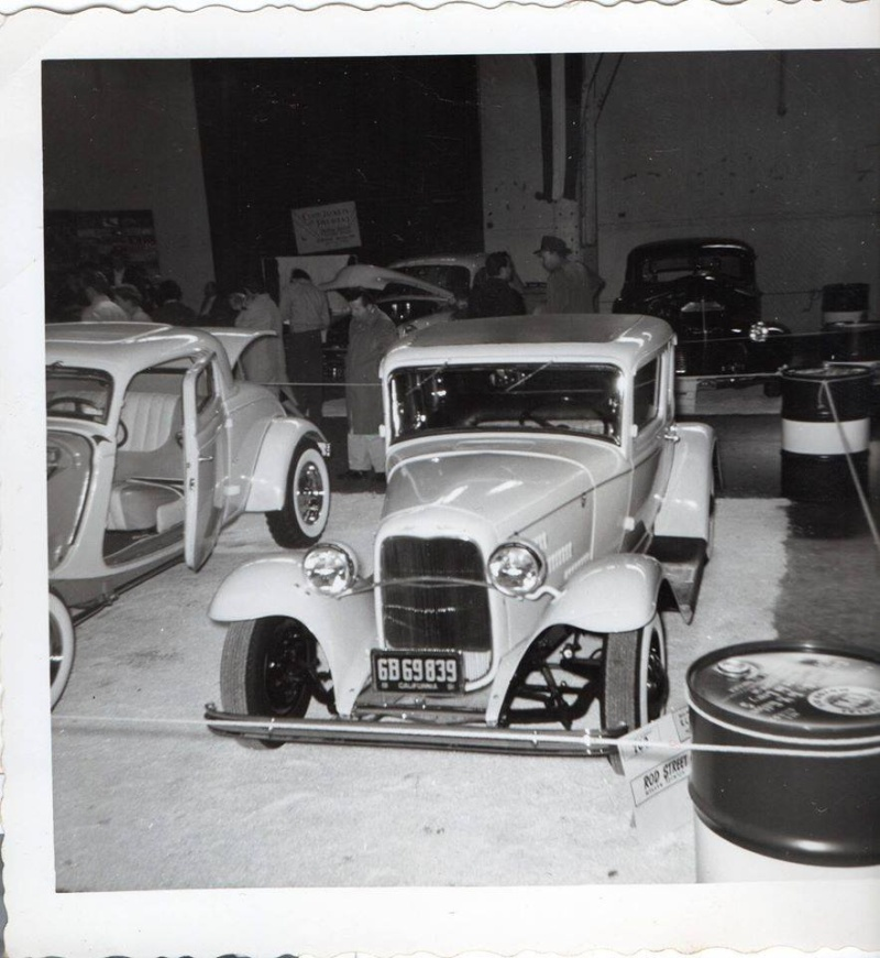 Vintage Car Show pics (50s, 60s and 70s) - Page 2 10428410