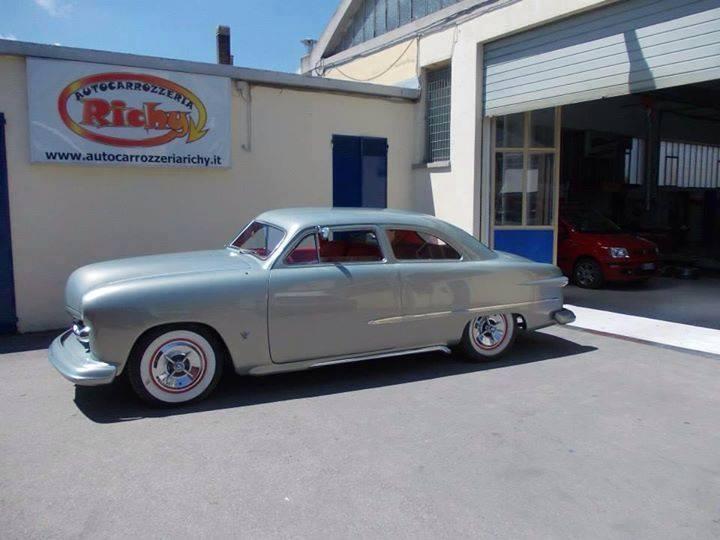 Ford 1949 - 50 - 51 (shoebox) custom & mild custom galerie - Page 15 10624712