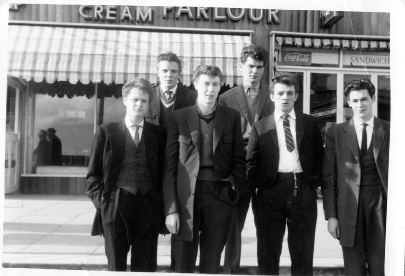 Teddy Boys - Page 2 10805713