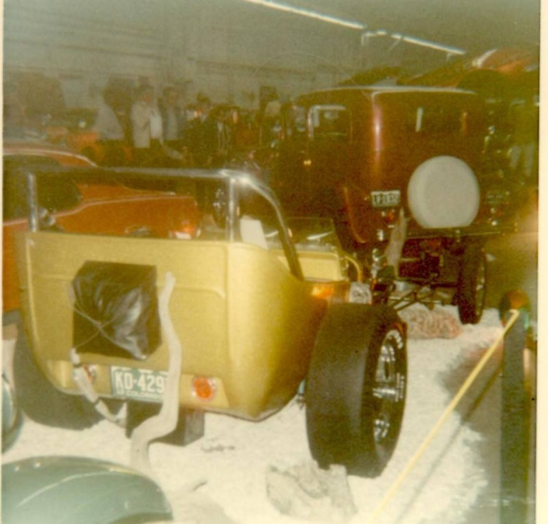 Vintage Car Show pics (50s, 60s and 70s) - Page 2 19118210