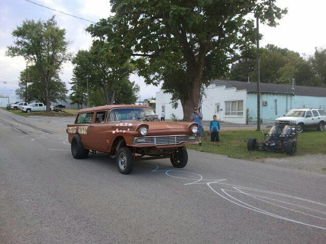 1950's Ford Gasser  - Page 2 User3610