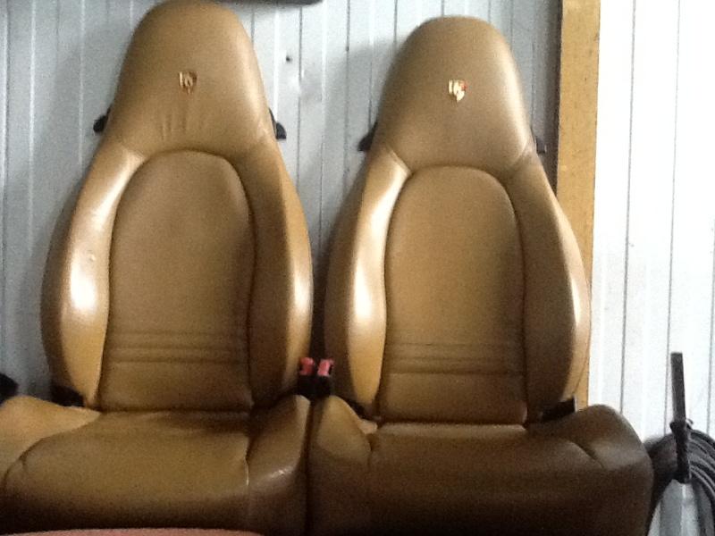 Rénovation colourlock sièges en cuir Img_0512