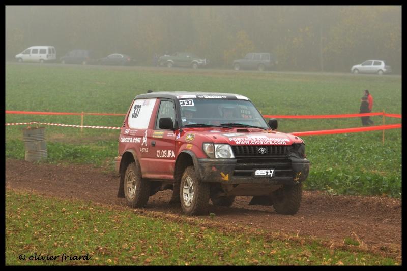 Recherche photos ou vidéos du 337 (Toyota Rouge) Triag128