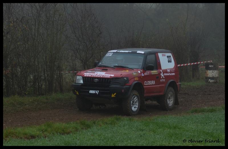 Recherche photos ou vidéos du 337 (Toyota Rouge) Triag131