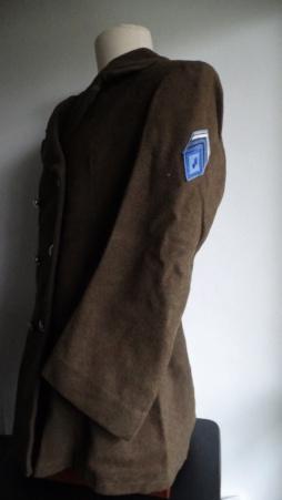 Manteau croisé à grenade double écusson Dsc05228