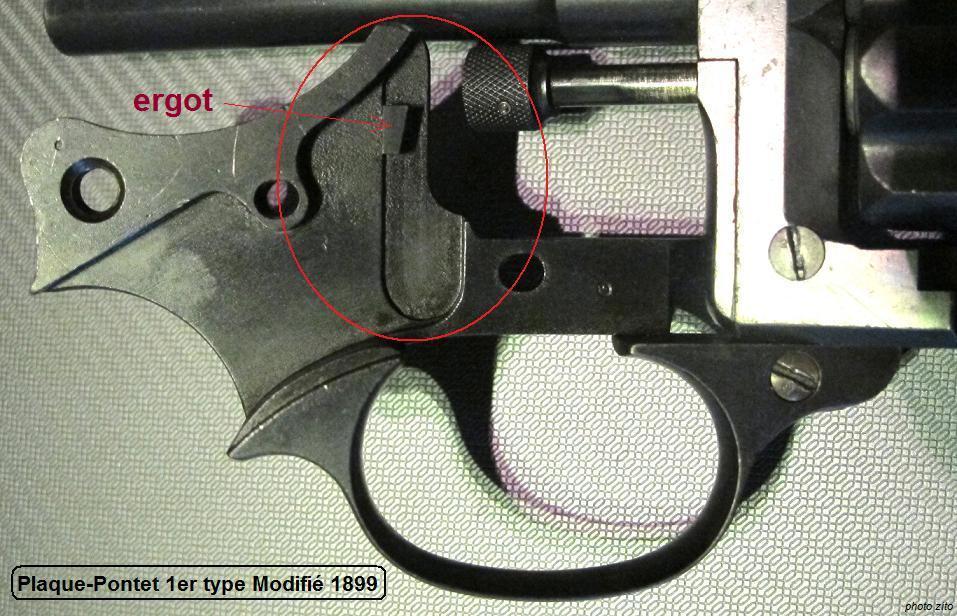 les 3 types de plaques-pontets des révolvers 1892 règlementaires 1er_ty11