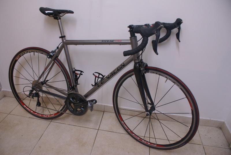 Nouveau Vélo - Cadre Le Vacon Titane Dsc02711