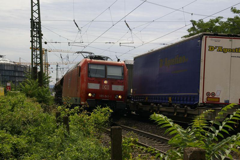Was die Züge so bewegt ... - Seite 7 185_0410