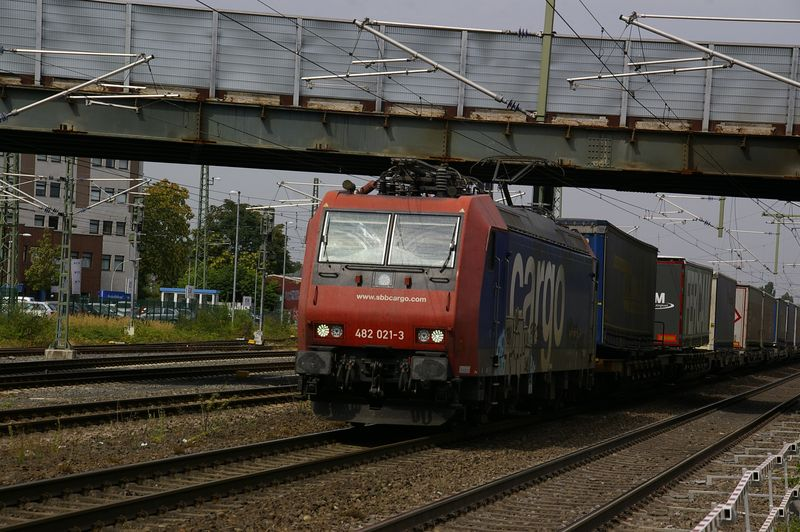 Was die Züge so bewegt ... - Seite 7 482_0210