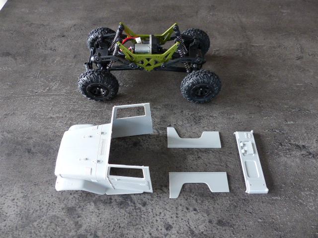 BJ 45 crawler au 1/24 P1030114