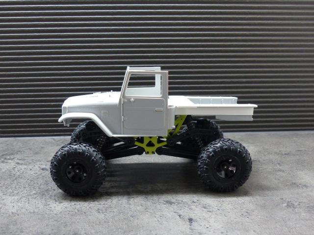 BJ 45 crawler au 1/24 P1030115