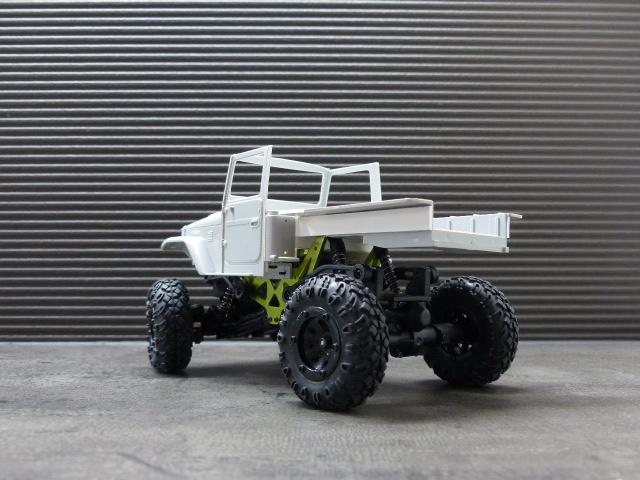 BJ 45 crawler au 1/24 P1030117