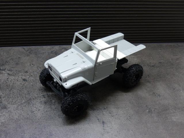 BJ 45 crawler au 1/24 P1030118