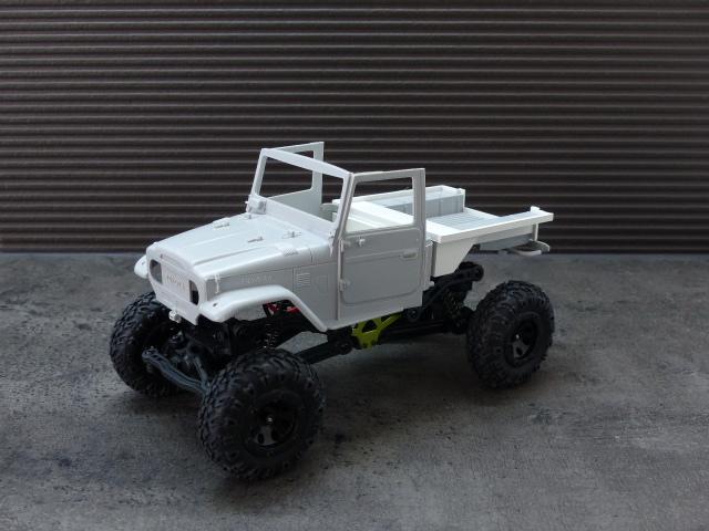 BJ 45 crawler au 1/24 P1030122
