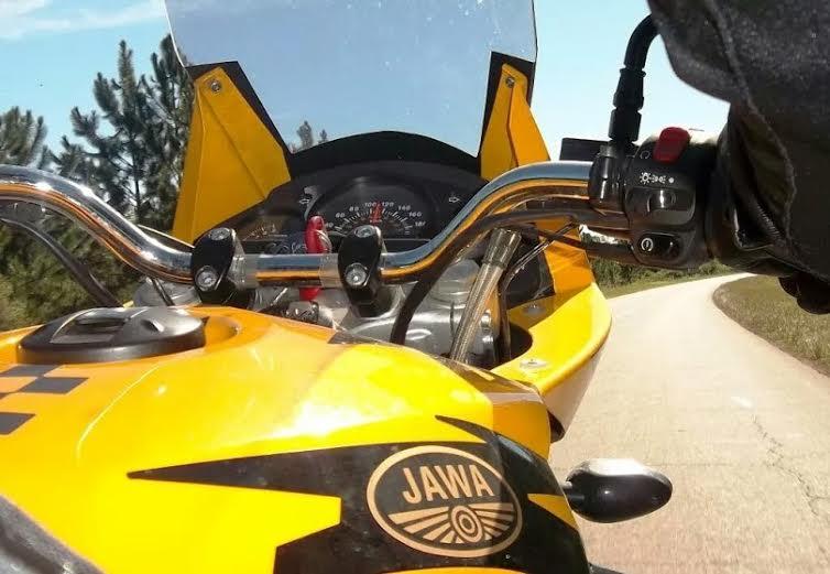 Jawa 660 moteur Minarelli Unname18