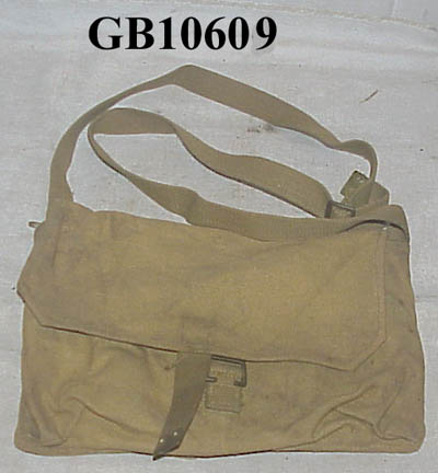 Unknown Canadian pouch / haversack Gb106010