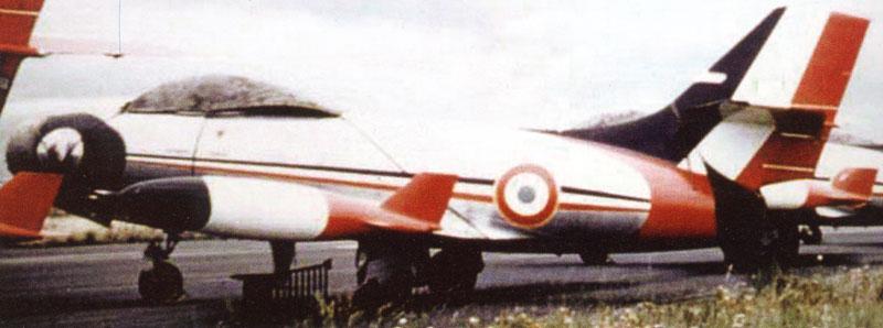 MD 450 OURAGAN de la PAF 1956 (heller) - Page 2 Ouraga11