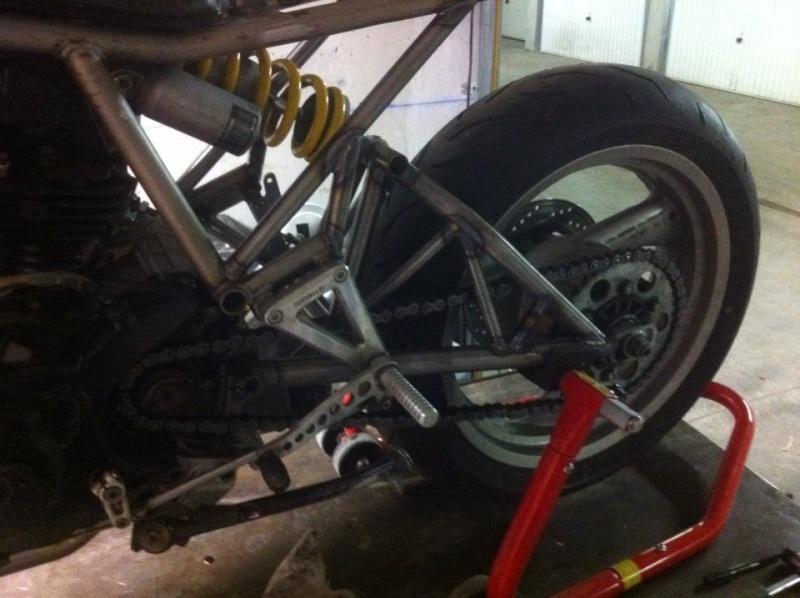 Mes pétoires KTM flat + Ducati café  Ducati31
