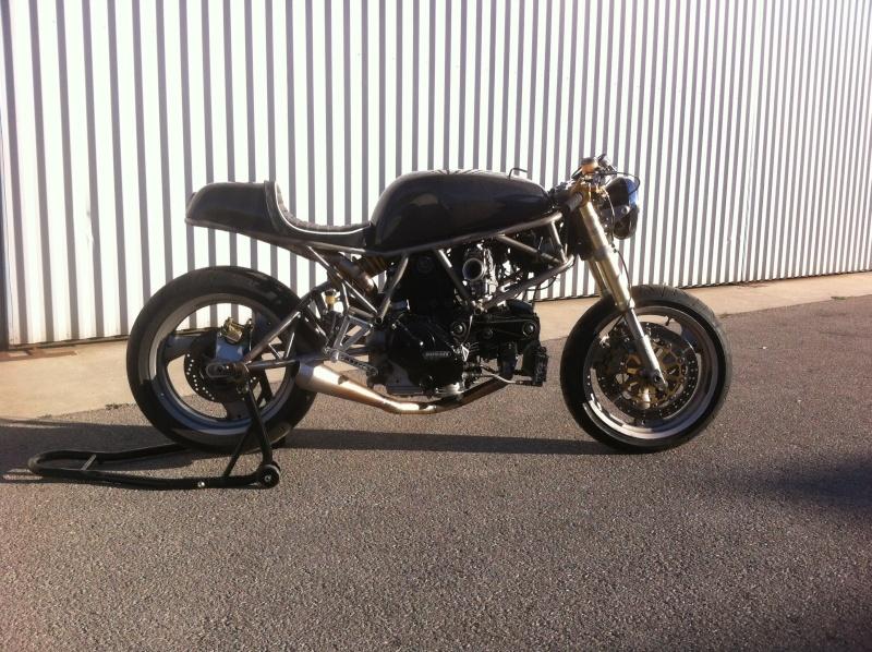 Mes pétoires KTM flat + Ducati café  Ducati42
