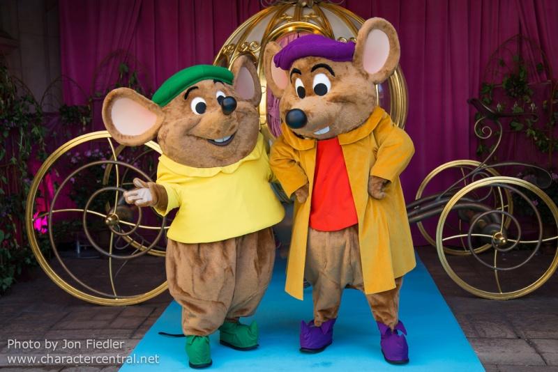 Les personnages Disney à Disneyland Paris 90850110