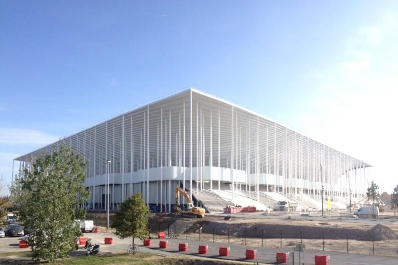 [Enfin visible sur Google Earth] - Le grand stade de Bordeaux MATMUT - France Le-cha10
