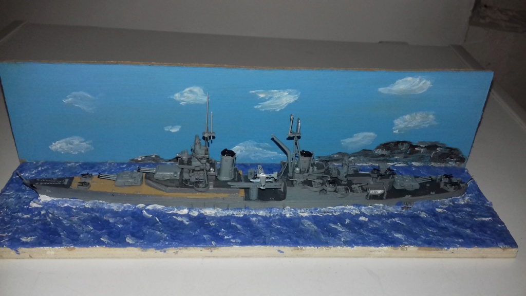 Croiseur lourd US CA-35 INDIANAPOLIS 1/700 20190110