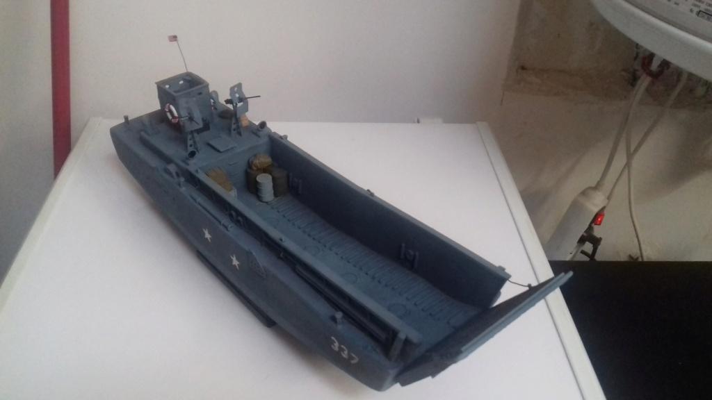 Barge débarquement US  LCM 1/35  - Page 2 20190813