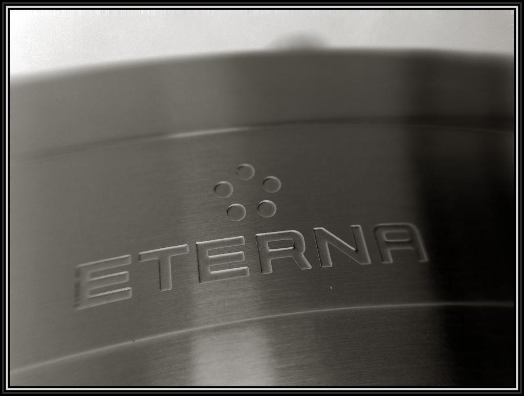 Eterna - ETERNA KonTiki blanc cassé de PITHIVIERS Img_1320