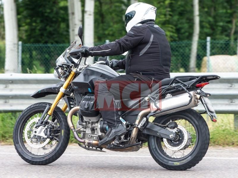 Le retour du trail chez Moto Guzzi : V 85 TT A135
