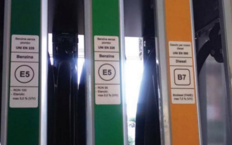 Les carburants vont bientôt changer de nom à la pompe. A150