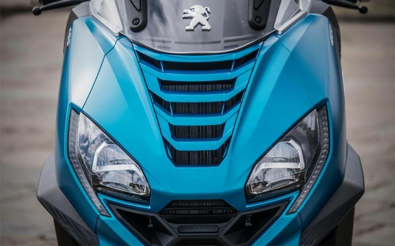 Peugeot dévoile 2 nouvelles versions de son Metropolis pour 2021 A477