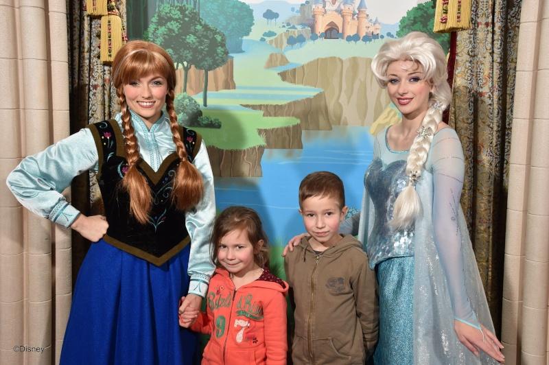 Pavillon des Princesses  photolocation à FantasyLand  - Page 23 14020310