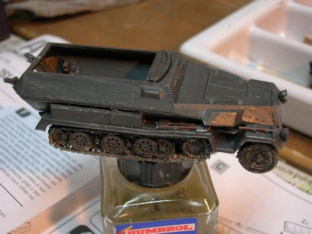 SDKFZ-231(6 roues)+  Sd.Kfz.251/1 + kubelwagen 1/72 Italeri  +  Sd.Kfz.251/1 Dscn3410