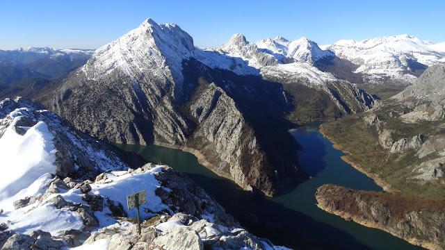 Alpinismo: finales de diciembre de 2014 - Ascensión al Gilbo, el Cervino leonés [CANCELADA] Dsc09910