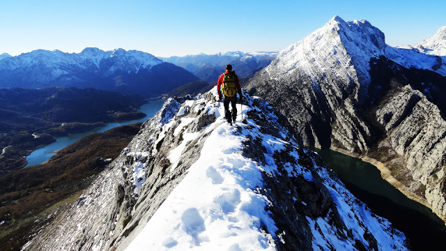 Alpinismo: finales de diciembre de 2014 - Ascensión al Gilbo, el Cervino leonés [CANCELADA] Dsc09911