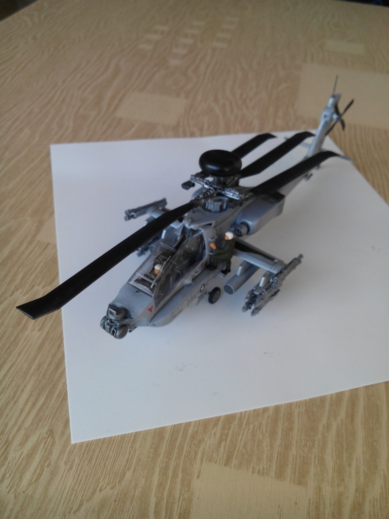 helicoptere APACHE.kit academy au 1/72 - Page 3 Img_2024