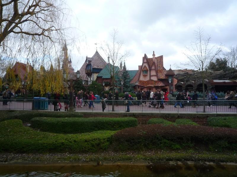 Séjour au Sequoia Lodge du 29 Décembre 2013 au 3 Janvier 2014 - Réveillon à Disneyland Paris !  Terminé le 12 Novembre! - Page 6 P1030310