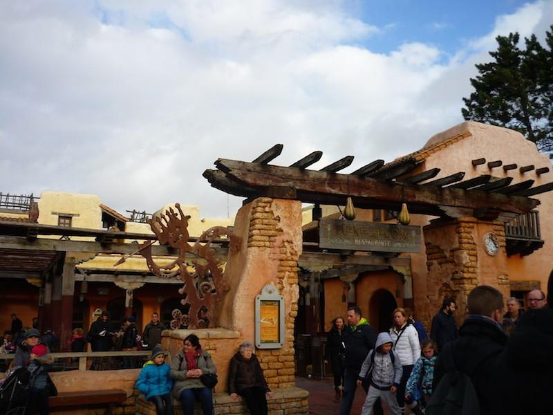 Séjour au Sequoia Lodge du 29 Décembre 2013 au 3 Janvier 2014 - Réveillon à Disneyland Paris !  Terminé le 12 Novembre! - Page 6 P1080911