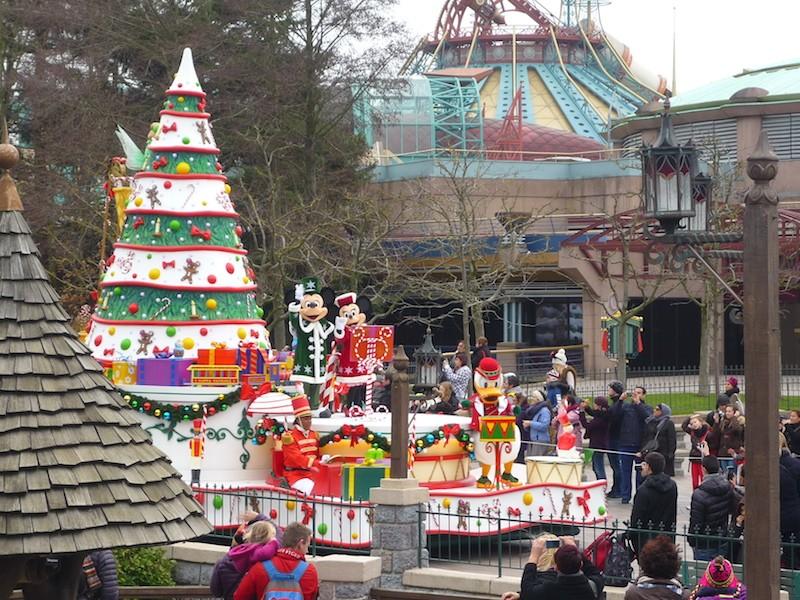 Séjour au Sequoia Lodge du 29 Décembre 2013 au 3 Janvier 2014 - Réveillon à Disneyland Paris !  Terminé le 12 Novembre! - Page 6 P1080914
